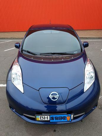 Срочно Nissan Leaf SV 30 kWt 2017