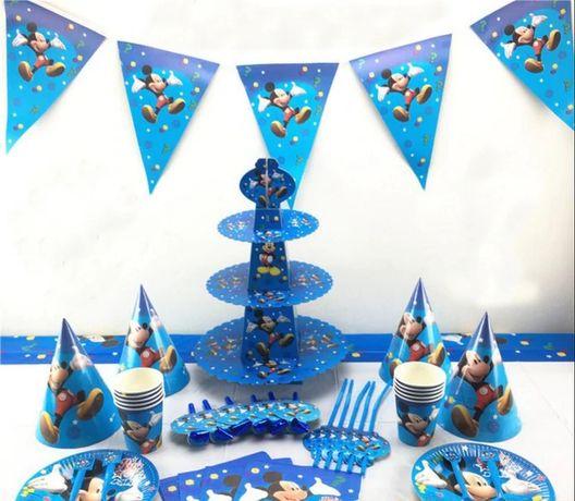 "Декор дня рождения ""Микки Маус"" набор кенди бар, шарики, скатерть"