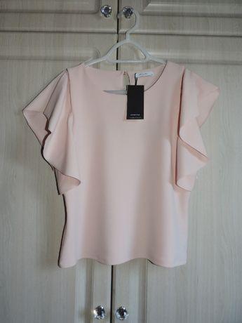 Różowa bluzka z falbankami RESERVED