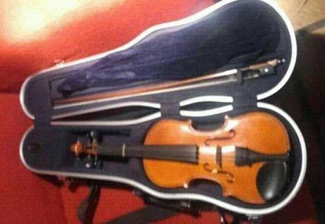 Violino V5 SC 1/2 Yamaha   // Caixa dura
