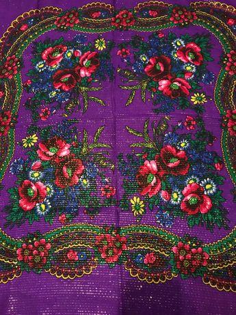 Продам платок новый