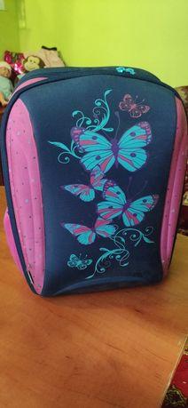 Шкільний рюкзак.