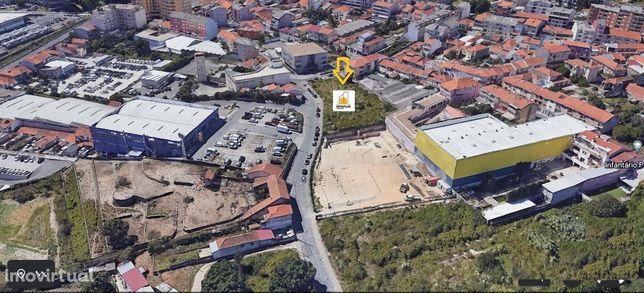 Terreno para construção na zona da Areosa.