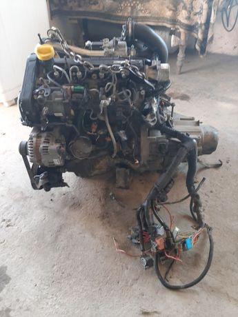 Мотор комплектний до рено канго