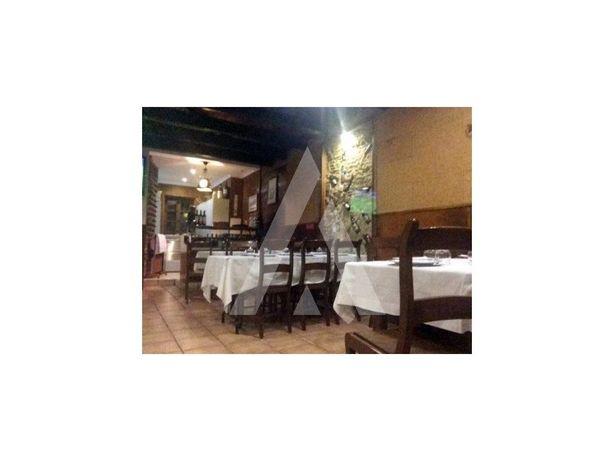 Restaurante/ Bar e café, totalmente equipado, no centro h...