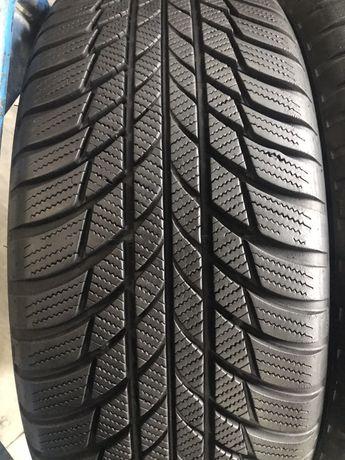 205/55/17 R17 Bridgestone Blizzak LM 001 4шт зима