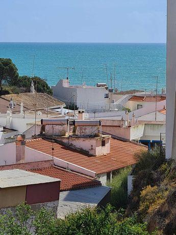 Terreno p construção, vista mar a 240mts da praia de Olhos de Água