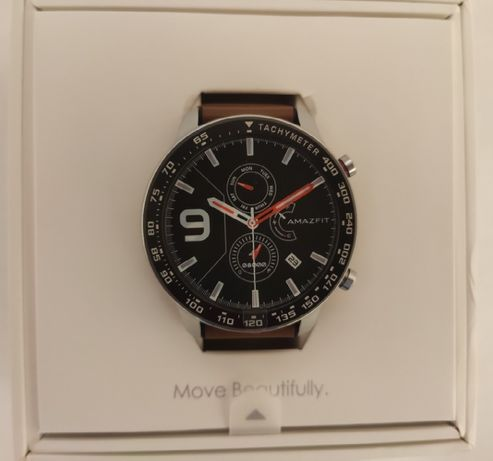 Продам в идеальном состоянии часы AmazFit GTR 47мм с Бонусами.