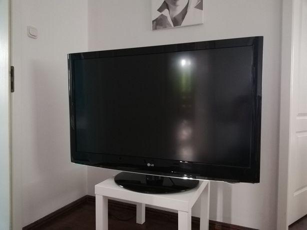 "Telewizor LG 47""LH3000"