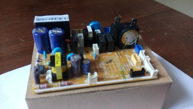 плата управления кондицыонером SAMSUNG DB93-10859A
