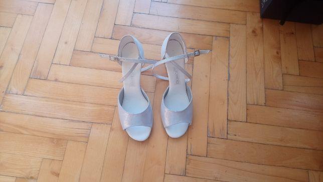 """Buty taneczne do tańca firmy """"flamenco"""" rozmiar 38"""