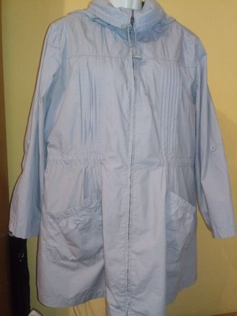 Plaszcz. plaszczyk kurtka zasuwany na zamek z kapturem. S .M.D. 20