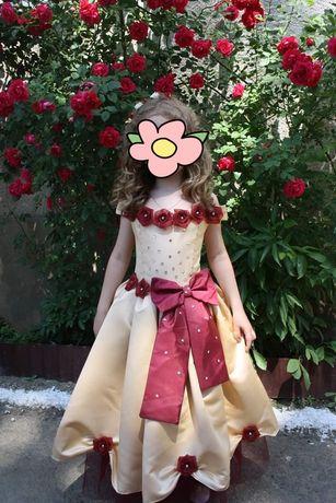 Плаття на випускний в садочок