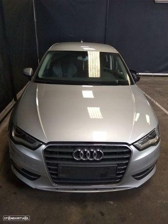 Para Peças Audi A3 (8V1, 8Vk)