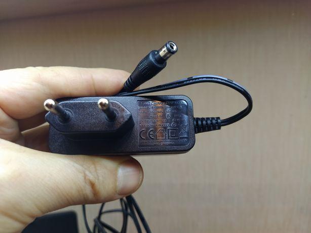Блок (адаптер) питания 12 вольт 1 ампер