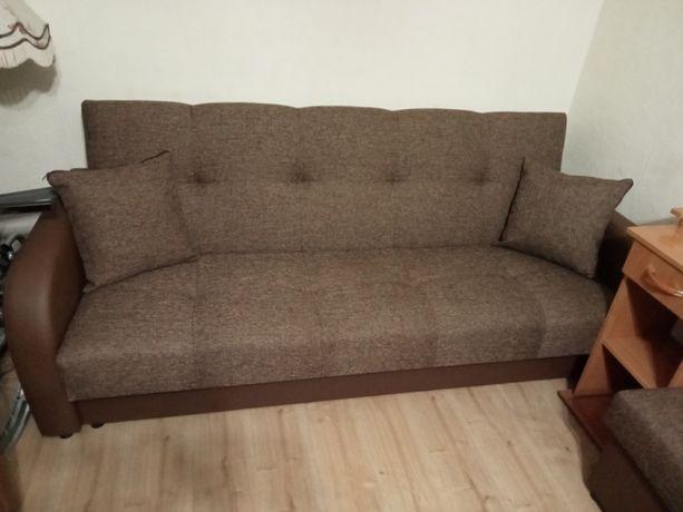 Komplet wypoczynkowy.Wersalka+Pufy+fotele