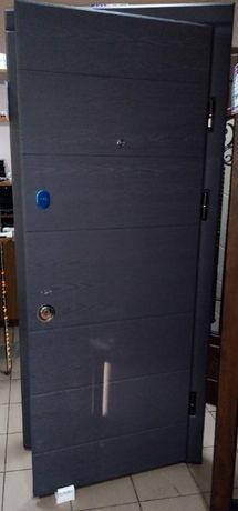 Дверь входная ПК-202 внутренняя с МДФ накладками
