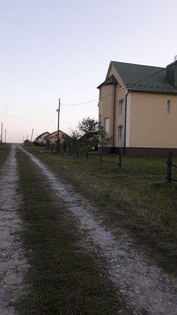Продається земельна ділянка під будівництво.