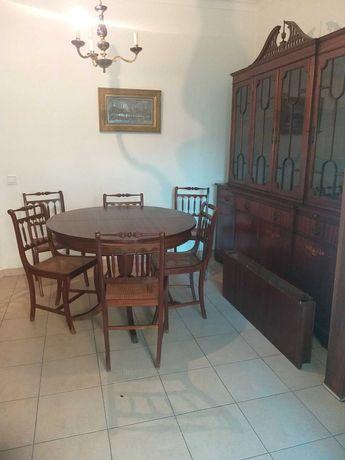 Conjunto sala de jantar, Estilo Inglês