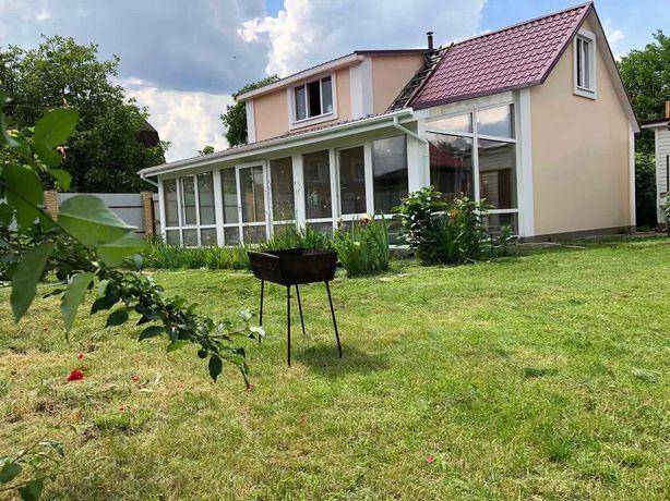 Дом Осокорки с участком и гаражом