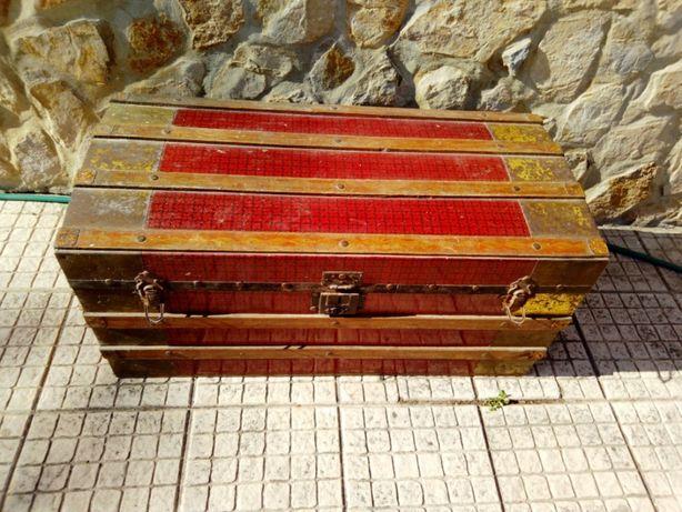 Arca Bau antigo - 2 tipos
