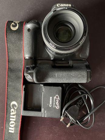Canon 600D + Grip + Yongnuo 50mm f1.8