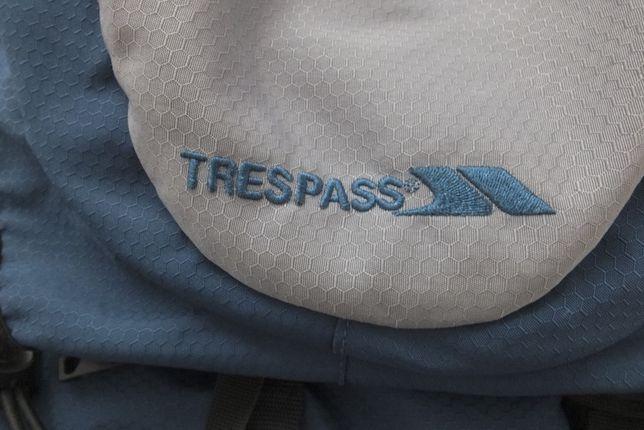 TRESPASS plecak ze stelażem 30litrów Trekking Outdoor