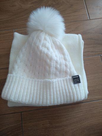 Biały komplet czapka i szalik