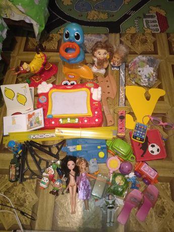 Большой пакет игрушек  для дома или садика оптом