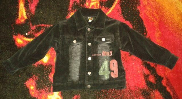 Курточка на мальчика 3-4 года