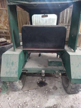 Samoróbka traktorek