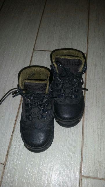 Timberland демисезонные ботинки 23.5р недорого.