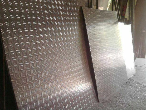Лист алюминиевый рифленый квинтет и гладкий
