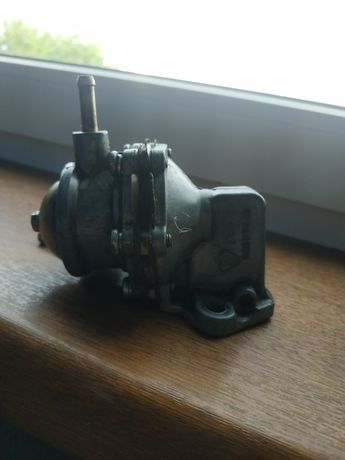 Pompa paliwa fiat 126p Maluch