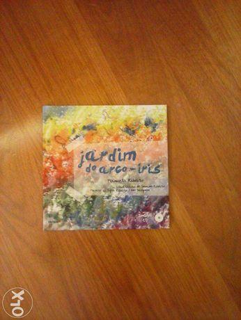 """Livro """" Jardin Arcos iris"""""""