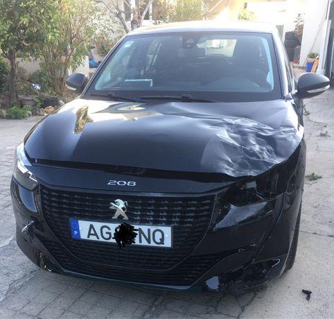 Peugeot 208  com toque pequeno Ano 2021 kilometros  1450
