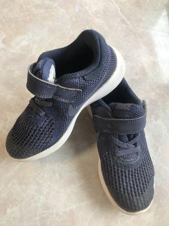 Кроссовки кеды 27 р nike adidas