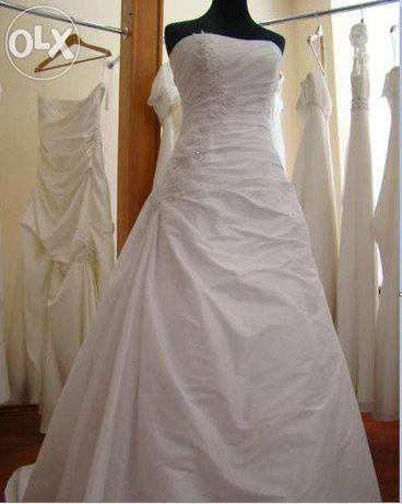 Piękna suknia ślubna Marietta 38 ecru. Jedyna taka. Okazja!!!