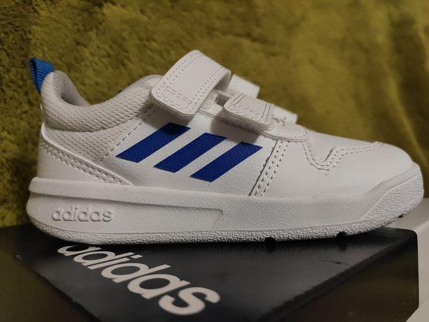 Кросовки дитячі, детские. Adidas