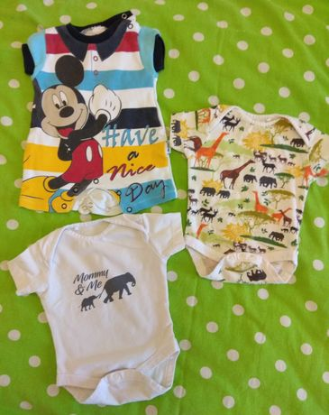 Продам вещи для малыша от 0 до 3 месяцев ( боди / кофточки )