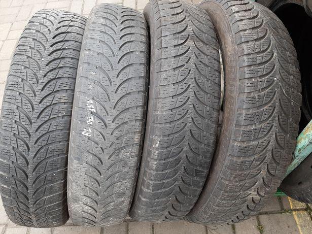 Резина Bridgestone Blizzak 155-70 р19 2016 год 2 шт.
