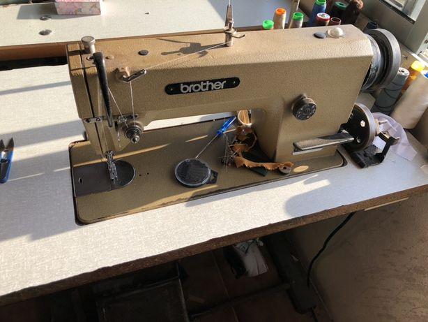 Maquina costura Brother DB2-B735