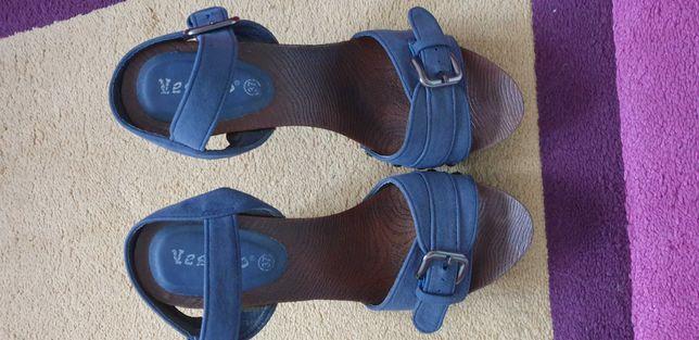 Butki , sandałki