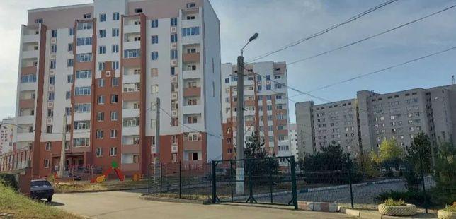 1 комнатная квартира в ЖК Птичка. 23500 средний этаж J S4