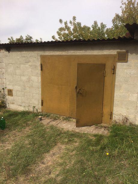 Продам капитальный гараж в районе ул. Металлистов г. Вольнянск