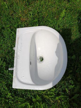 Zlew łazienkowy