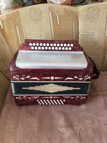 Sprzedam harmonię 24 basy Bielarus.