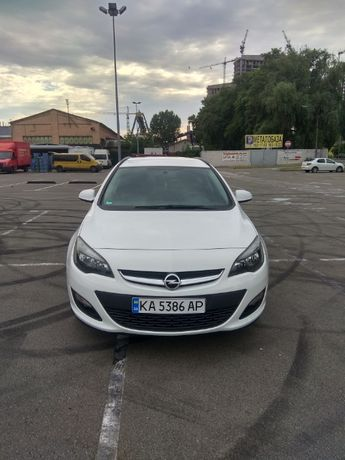 Opel Astra J 1.7 дизель, механіка, авто пригнане з Європи.