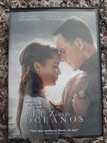 """Filme """"A Luz entre Oceanos"""""""
