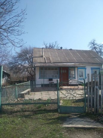 Продам приватизований будинок